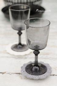 Prinsessajuttu: Virkatut lasinaluset, OHJE Wine Glass, Tableware, Dinnerware, Tablewares, Dishes, Place Settings, Wine Bottles