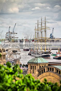 Hamburg Port by Latin-Point, via Flickr. More at www.facebook.com/kpeetzphoto