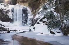 https://www.etsy.com/se-en/listing/121158074/looking-glass-falls-winter-brevard-north?ref=related-0