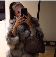Image in fashion/glamour💖 collection by lovelykseen - Outfit Ideen Fashion Mode, Fur Fashion, Fashion Killa, Fashion Glamour, Trendy Fashion, Boujee Outfits, Trendy Outfits, Fashion Outfits, Fall Winter Outfits