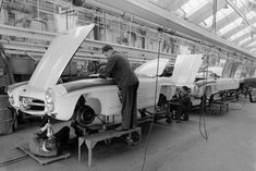 Mercedes-Benz 300 SL Roadster (W198 II) production in 1958.