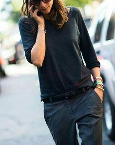 New York Fashion Week Spring 2014 Street Style - casual Fashion Week, Work Fashion, New York Fashion, Street Fashion, City Fashion, Fashion Black, Fashion Spring, Estilo Tomboy, Estilo Hippy