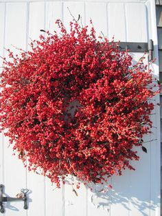 Winterberry Wreath Real Berries Made in Maine Big and