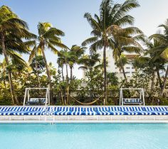 Set on South Beach in an Art Deco building, Soho Beach House is for creative thinkers in Miami to socialise, stay and relax. Soho Beach House Miami, Beach House Hotel, South Beach Miami, Best All Inclusive Resorts, Best Hotels, Doutzen Kroes, Maldives, Miami Attractions, One & Only