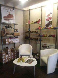 magasin chaussures romans