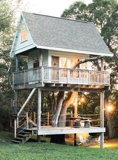 This tree house is a dream come true!
