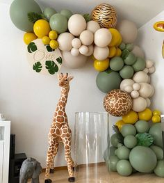 Photo by Stunning Baby Shower Inspo 😍🎉 on May Baby Boy 1st Birthday Party, Jungle Theme Birthday, Birthday Goals, Ideas Decoracion Cumpleaños, Deco Ballon, Birthday Balloon Decorations, Safari Party Decorations, Balloon Garland, Balloon Party