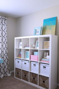 Idea for organizing William's Ikea bookcase in his playroom! Ikea Bookcase, Ikea Expedit, Ikea Shelves, Ikea Storage, Kids Office, Home Office Space, Kallax Regal, Home Organization, Girl Room