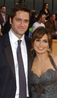 Mariska Hargitay & Peter Hermann, her husband Hollywood Couples, Celebrity Couples, Celebrity Weddings, Beautiful Couple, Beautiful Men, Cute Celebrities, Celebs, All In The Family, People Of Interest