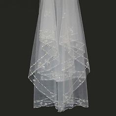 Bridal Wedding Veil White or ivory Two-tier Fingertip Veils Edge With Comb 2016 - $39.99