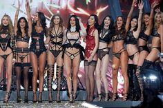 Share this Style: Victoria´s Secret Fashion Show #Share #this #Style: #Victoria´s #Secret #Fashion #Show   #VictoriasSecret #anjos #Paris #desfiles de #moda #iluminou #CidadeLuz #passadeira #vermelha #GrandPalais #TrendyNotes #celebridades #brilharam #passerelles