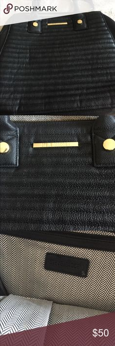 Steve Madden large handbag Large black Steve Madden handbag. Great condition. Steve Madden Bags