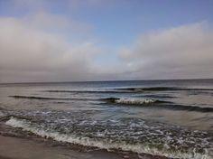 pokorne spotkanie morza z jesienią