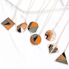 $10.29 | ZG Original Minimalist Contrast Color Wood Pendant Chain Necklaces For Women Fashion Collar Jewelry Gifts Outfit Accessories FromTouchy Style | Free International Shipping. Girls Jewelry, Trendy Jewelry, Jewelry Gifts, Popular Necklaces, Jewelry Necklaces, Charm Jewelry, Jewellery, Bracelets, Wooden Necklace