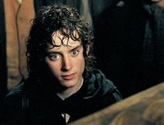 i cannot believe I made it to 3000 pins of Frodo...  My goal is 10000