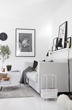 Scandinavian inspiration: black and white.