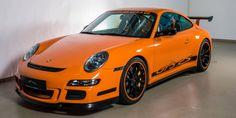 ELEVENCLASSICS bietet exklusiv einen Porsche 997 GT3RS MK1 zum Verkauf. Wir haben ständig mehr als 20 Fahrzeuge im Angebot.