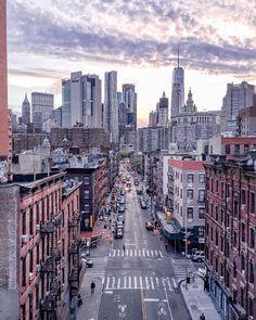 13.4 тыс. отметок «Нравится», 172 комментариев — P o l i n a | П о л и н а (@polabur) в Instagram: «Will never get tired of this city никогда не устану от этого города ✨обожаю его за эту бешеную…»