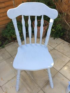Upcycled farmhouse chair in Annie Sloan Louis Blue