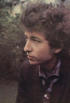 Image uploaded by flavia. Find images and videos about bob dylan on We Heart It - the app to get lost in what you love. Bob Dylan, Idole, Cultural, Popular Music, Jimi Hendrix, American Singers, Rock N Roll, Bobby, Blues