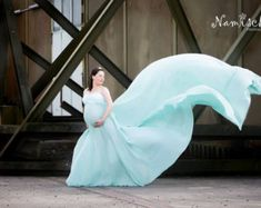 Magnolia dress, off shoulder, long sleeves / photoshoot / maternity dress / maternity gown / photography