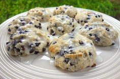 **Try with GF Bisquick    These biscuits were great! They were so easy to make and tasted fantastic! They could easily be made before work or school. These biscuits are just as easy as making a box of blueberry muffins, but taste much better. Next time I add a little lemon zest i...