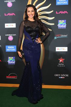 Sonakshi Sinha looked beautiful in a navy Amit Aggarwal gown