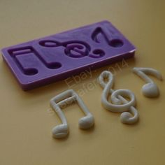 #MusicNotessiliconemold for chocolate, fondant, marzipan. 3 cavities http://www.ebay.com/usr/sasepafero2014