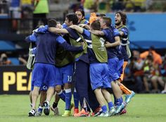 Fifa World Cup 2014 - England vs Italy 1-2 - Gli azzurri festeggiano la vittoria a fine partita. #azzurri #italia #worldcup #mondiali #vivoazzurro