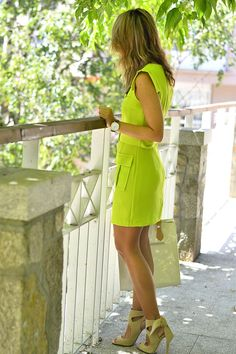 Neon Color Dress, Sexy Outfits, Cute Outfits, Clothes 2019, Looks Street Style, Green Fashion, Classy Dress, Office Outfits, Work Casual