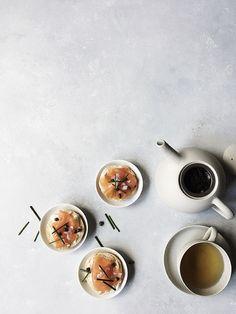 Tea Pairing: Mini salmon topped bagels + Black tea