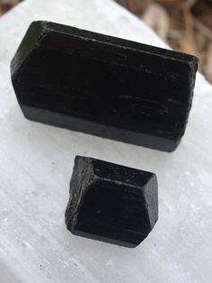 Black Tourmaline is one of the most powerful crystals for protection and elimination of negative energy. It also helps to absorb any electromagnetic energy, so make sure you keep a piece of Black Tourmaline next to your computer. #crystals