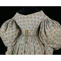 Day dress and cape    Place of origin:  Great Britain, UK (made)    Date:  1830-1834 (made)