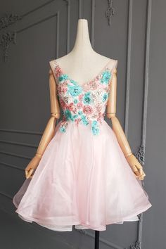 Fairy Tale V Neck Short Mini Ball Gown Pink Organza Beaded Floral Cocktail Party Dress With Embroidery Orange Blush, Purple Grey, Fairy Prom Dress, Blush Pink Prom Dresses, Platinum Grey, Ball Gowns, Party Dress, Cocktail, Embroidery