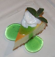 Mint Julep Cheesecake Recipe from Divine Desserts Cheesecake Desserts, Just Desserts, Dessert Recipes, Drink Recipes, Classic Mint Julep Recipe, Horse Racing Party, Good Food Image, Derby Party, Just Cakes