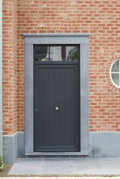 Modern Entrance Door, House Entrance, Facade Design, Exterior Design, House Design, House Front Door, White Houses, Windows And Doors, Future House