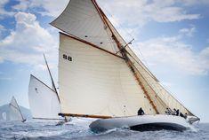 Gaff topsail can look very fine Saint Tropez, Sailboat Cruises, Sail Racing, Classic Sailing, Sailing Ships, Sailing Yachts, Sail Away, Set Sail, Wooden Boats