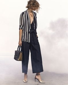 Italian fashion label Brunello Cucinelli has unveiled its spring 2017 collection. Celebrating the launch, Neiman Marcus showcases its latest fashions with a… New Fashion Trends, Fashion 101, Fashion Advice, Girl Fashion, Autumn Fashion, Fashion Outfits, Classy Fashion, Latest Fashion, Moda Paris