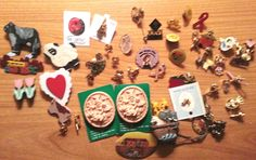 HUGE LOT OF VINTAGE SERVICE PINS AWARENESS, RELIGIOUS AND MUCH MORE 50 PCS