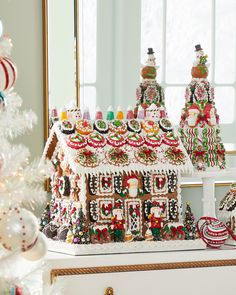 Christmas Candy, Christmas Tree, Gingerbread House Designs, Tree Centerpieces, Holiday Store, Candy Making, Chocolate Molds, Marzipan, Savannah Chat