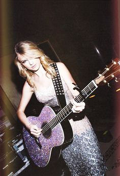 I love you, human Ian. Young Taylor Swift, Taylor Swift Speak Now, Taylor Swift Pictures, Taylor Alison Swift, One & Only, Swift Photo, Guitar Girl, Her Music, Beautiful Soul