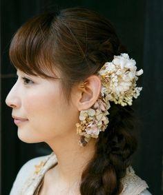 ⑧イヤーカフです。小振りのヘッドドレスと合せてつけるならいいかもしれません/m.soeur(エムスール)のプリザとお花のツルのイヤーカフ*(イヤリング)|詳細画像