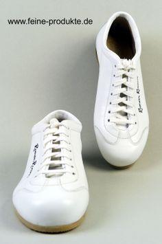 Roman Roosen Schuhe Sneaker handgefertigt aus Leder weiß http://www.ebay.de/itm/Roman-Roosen-Schuhe-Sneaker-handgefertigt-Leder-weis-NEU-/151269308010?pt=DE_Herrenschuhe&var=&hash=item68daeec4f6