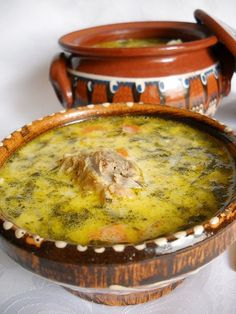 Ciorba de Miel Romania Food, European Dishes, Soup Recipes, Cooking Recipes, Hungarian Recipes, Romanian Recipes, Yummy Food, Tasty, Yummy Yummy