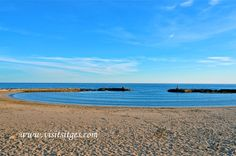 Sitges Beach by Sitges - Imágenes de Sitges, via Flickr Sitges, Beaches, Explore, Water, Outdoor, Places To Visit, Gripe Water, Outdoors, Sands