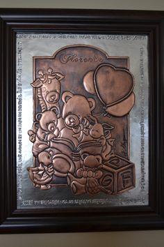 Baby record copper and pewter repoussé, Fiche de bébé en cuivre et étain repoussé