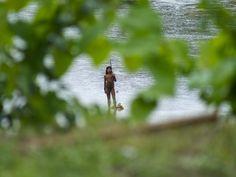 Canadauence TV: Índios desconhecidos e isolados na Amazônia fazem ...
