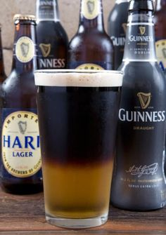 Black & Tan (or Half & Half): pour half of a glass with lager, then carefully float the stout using a teaspoon to form a layer. Works best with teaspoon bent into L shape with the back pointing up. Fun Drinks, Yummy Drinks, Alcoholic Drinks, Beverages, Cocktails, Black And Tan Recipe, Sauce Bottle, Beer Bottle, Man Stuff