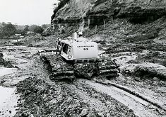 Caterpillar revived the name in 1967 with the introduction of two models, a direct drive and a power shift, available in either or gauges. Mining Equipment, Tools And Equipment, Heavy Equipment, Caterpillar Pictures, Earth Moving Equipment, Caterpillar Equipment, Track Roller, Crawler Tractor, Engin