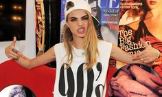 Multi-talented model of the moment Cara Delevingne shows off her drumming skills at Rock 'N' Kohl event Cara Delevingne, Wtf Face, Celebs, Celebrities, Girl Crushes, Dress To Impress, Supermodels, Fashion Models, Beautiful People